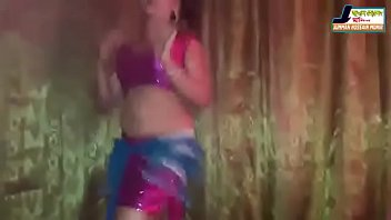 nakte andra dance Buttplug anal solo