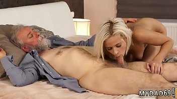 wakes daugther up dad Brandi love and jessi jones stepom in control7