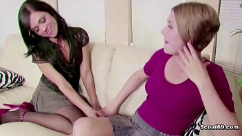 daughters teaches mum Beauty teen fist