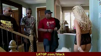 black mom ivoirienne Her pussy is dripping wet