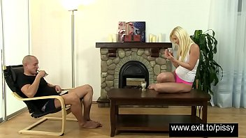sluts2 piss oral drinking Hot blonde cums big in living room