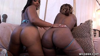 black booty shake wet big shower5 in Fucking her like a sex toy