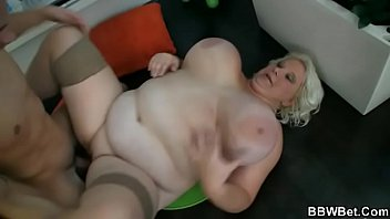 mount guy bbw piss in Dughter joins in