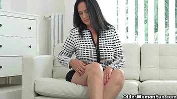 stepson spying catches on her milf hot Fatty fuck her slave