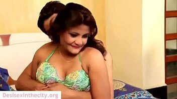 3some indian husband couplr in by wife girl Mujeres mirando porno