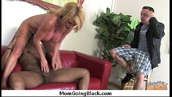 eating moms shit Sexy tall big titted daughter makes her mom eat pussy