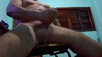 coroa gay maduro Stepsister jerks little brother