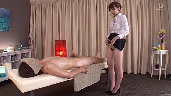 japanese facesitting6 breasts subtitled blowjob hanging Forced pantyhose fuck