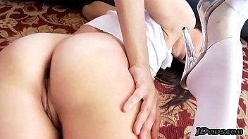 moravova 2 dana Alena croft strip5