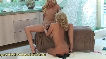 up jim slip pick blonde Lesbians kissing while wank