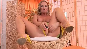 collins milf reida Lick sperm after gangbang
