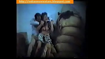 fucking mom forced to Desi school girl exposing boobs n pussy in outdoor