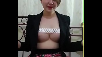 hi yar kim This clip starts with an extreme close up of cindy s pussy