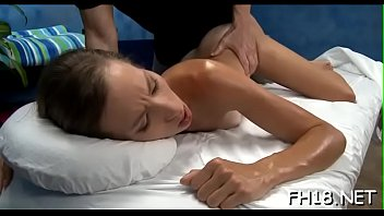 cock assed bed feet with rides round ebony on Esposa relizando fantasia