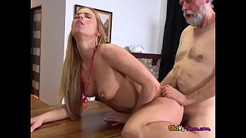 amateur over bent Everyone cum inside her pussy10