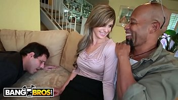 washing husband pussy6 Playgirl gets to suck a impressive studs ramrod