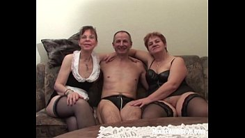creampied threesome girl two British wife fucked by bbc in usa4