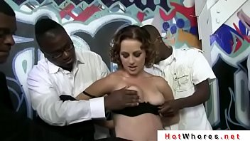 surf grope crowd While hubby is away pussy will play 5min