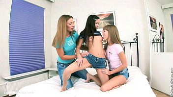 lesbian threesome tongue2 He helps his neighbor milf always
