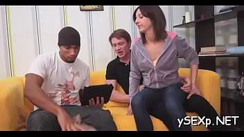 and fucked hot babe swallows3 gets Elvis levy hubby for this duck amachore12