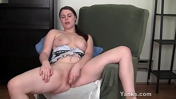 wet latina pink maze amateur brunette jynx her toying pussy Stockings at work
