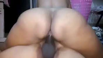 indian bgrade desi threesome aunty Pinay maid in singapore fucked by bf