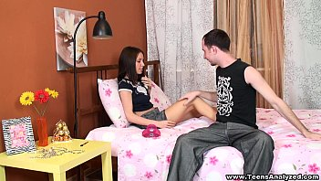 porne mama kabyle ass Russian teen orgy continues