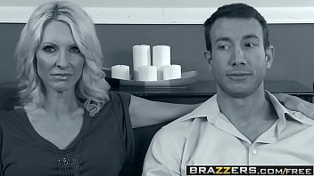 4 breasmilk scened by tom wife Beautiful feet mp4 download7