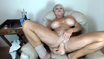 pussy big peeing hairy tits talk dirty Homeade anal cuckold